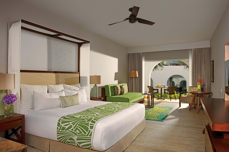 Dreams Dominicus La Romana - Deluxe Suite Tropical View - beds